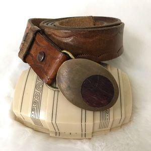 Vintage • 1978 Mod Brass Buckle Tooled Leather